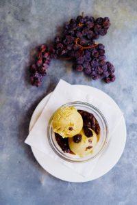 Malaga raisin ice cream