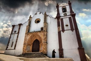Seeing the light: Silves Cathedral