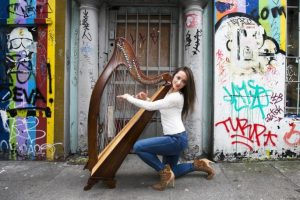 Harpist Seána Davey